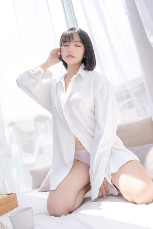 VOL.6 Messie Huang 《Boyfriend's shirt 》超高清写真图片