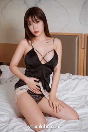 VOL.450 [尤蜜]睡衣诱惑美乳床上:王雨纯(王语纯)超高清写真套图(53P)