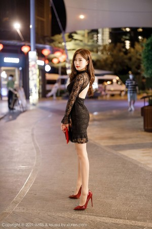 VOL.568 [爱蜜社]蕾丝街拍美腿街拍短裙:杨紫嫣(杨紫嫣Cynthia)超高清写真套图(55P)